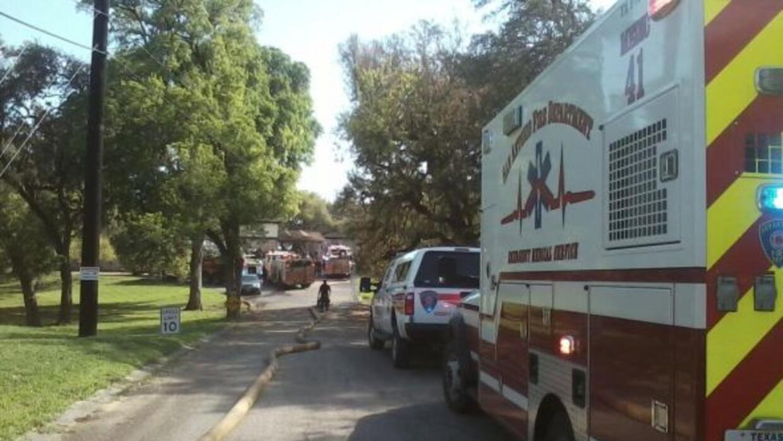 Los bomberos atendieron un fuego registrado en unas instalaciones de vid...