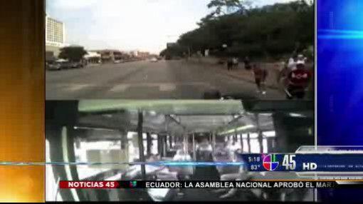 Captado en video: Peatón fue arrollado en Austin, TX