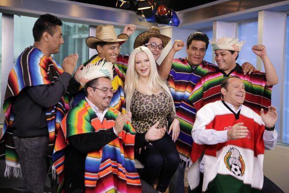 La fiesta se puso buena en el estudio de México y los chicos pusieron a...