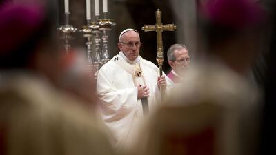 El papa Francisco celebra la misa en la Basílica de San Pedro en...