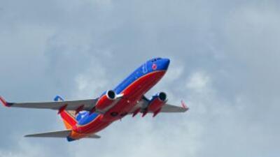 A partir del 8 de abril residentes de Sacramento y Dallas podrán viajar...