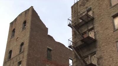 Viva de milagro se encuentra una mujer que quedó sepultada bajo toneladas de escombros en Nueva York