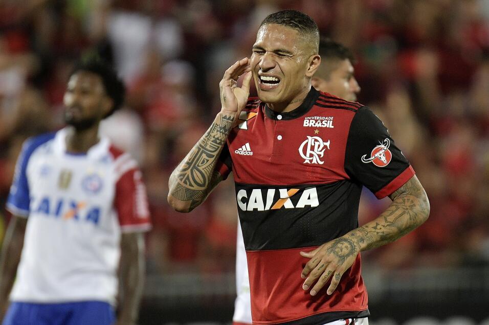 Brasileño Fred se ofrece al City y elogia a Guardiola gettyimages-863222...
