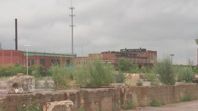 Preocupación por contaminación en terreno baldío donde se construirá un centro de bienestar comunitario