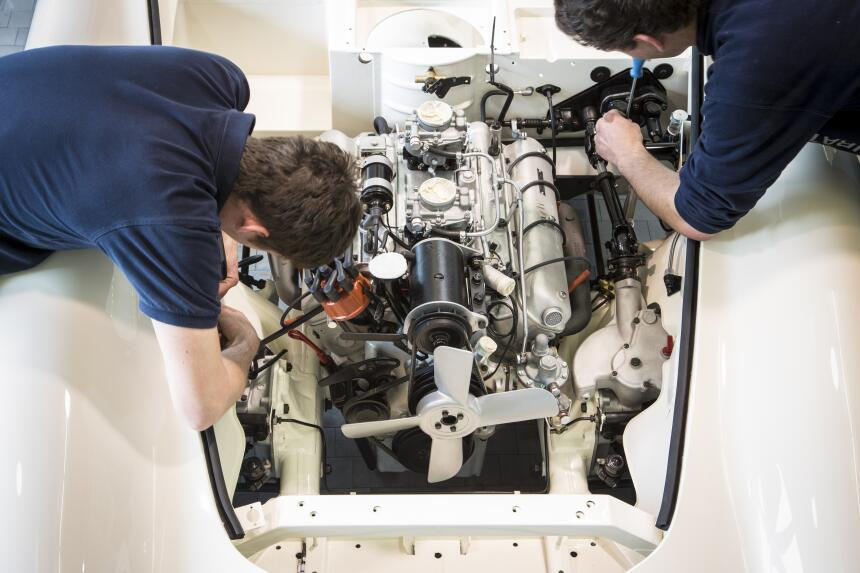 La restauración del BMW 507 1957 de Elvis P90229702_highRes_restoration-...