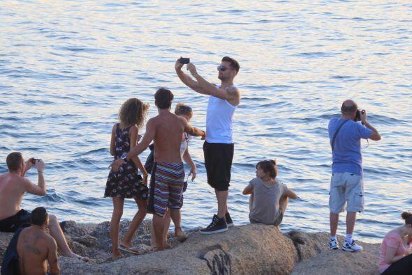 ¿Te gusta cómo se ve Ricky Martin con ropa de playa?