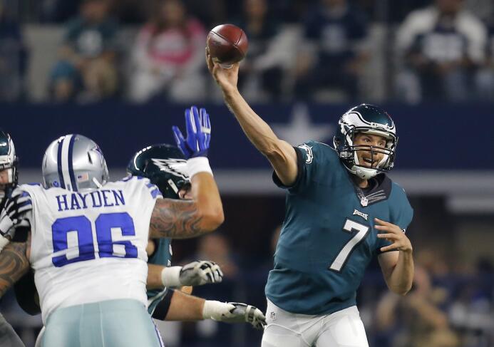 Los Philadelphia Eagles vencieron 33 - 27 a los Dallas Cowboys que sufre...