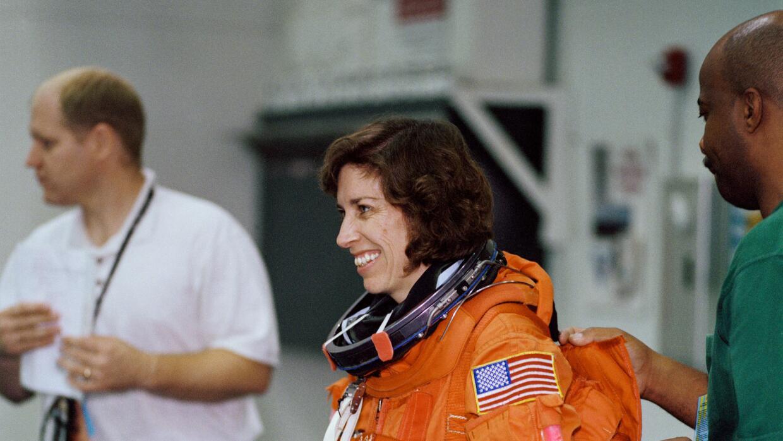 Ellen Ochoa en un entrenamiento en 2001.