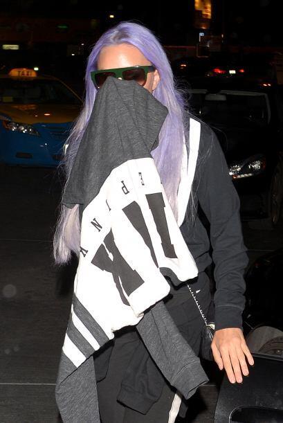 Recientemente apareció en la ciudad de Los Ángeles, luciendo el cabello...