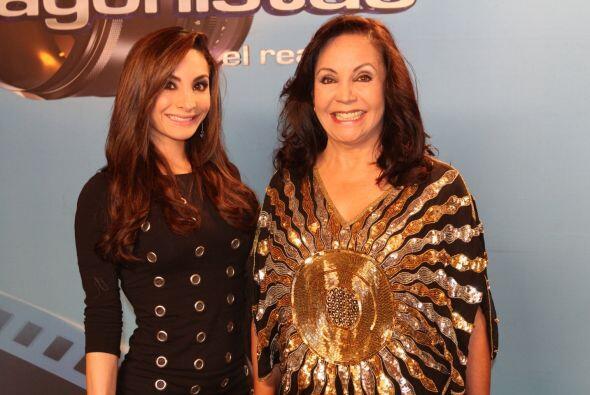 La actriz y profesora Flor Nuñez con su hija.