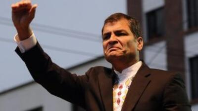 El presidente Rafael Correa advirtió que está latente el riesgo de un in...