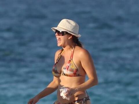 Captaron a la hermosa venezolana disfrutando de las playas de Miami.