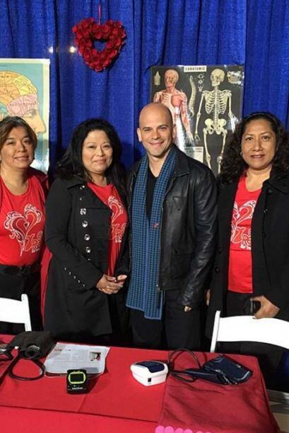 Está también el Dr. Juan Rivera, listo para ayudar a nuestro público de LA.