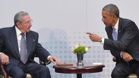 Gabriel García Márquez GettyImages-Castro-Obama3.jpg