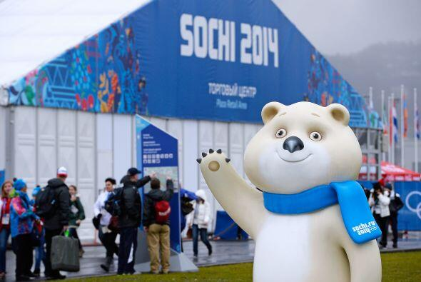 Las mascotas de los Juegos Olímpicos de Invierno Sochi 2014, un leopardo...