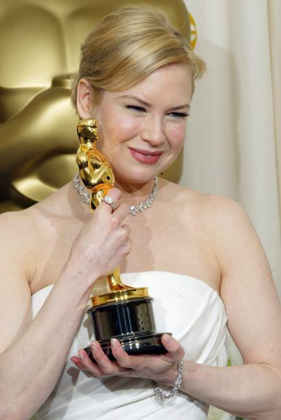 Cuando recibió el Oscar estaba radiante. Mira aquí lo último en chismes.