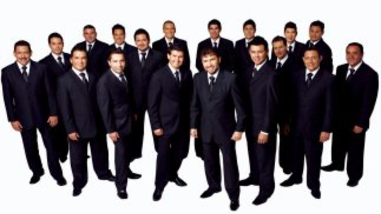 Un alcalde mexicano armó una tremenda fiesta con Banda El Recodo y más d...