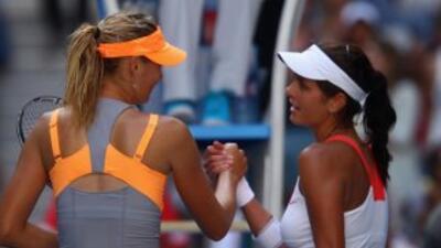 El partido entre María Sharapova y Julia Georges se detuvo durante 20 mi...