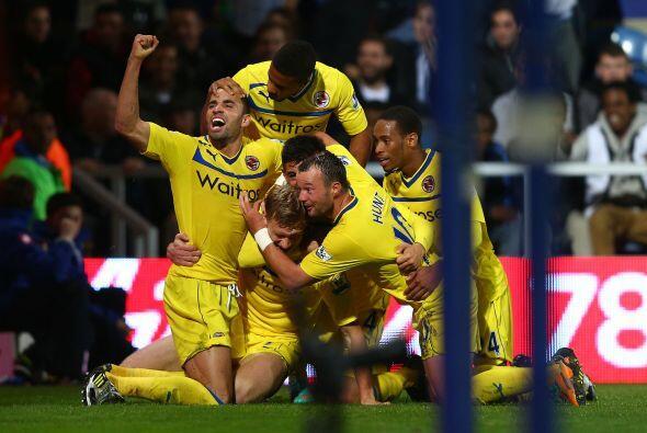En otros partidos, el Reading se levantó para eliminar al Queens Park Ra...