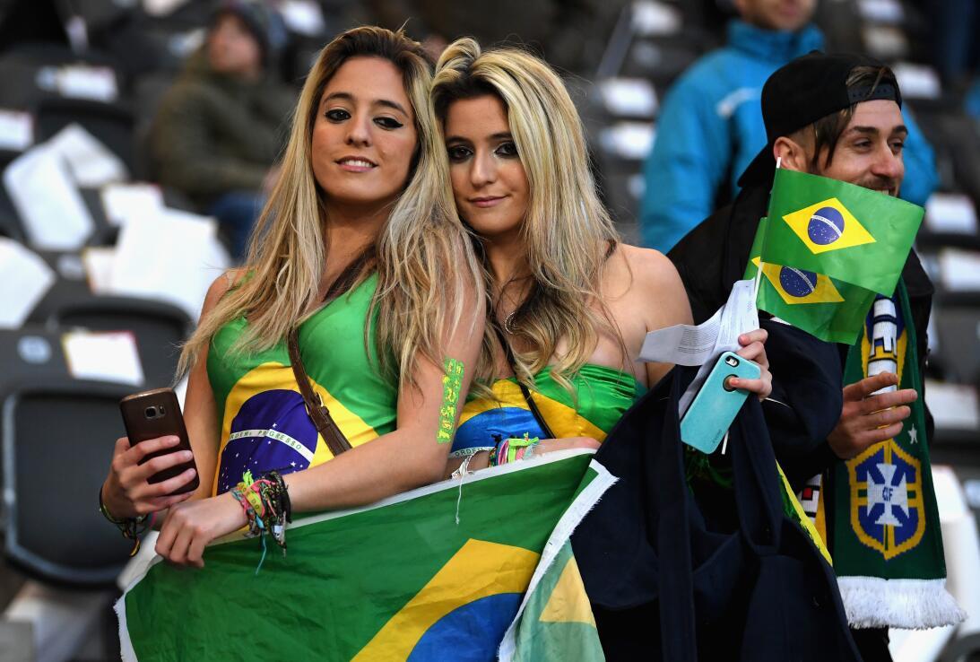El color y belleza alrededor del mundo en la fecha de amistosos con mira...