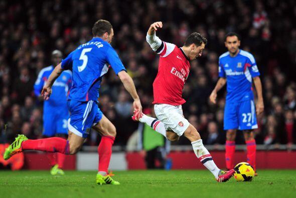 El alemán Mesut Özil ha sido uno de los grandes culpables pa...
