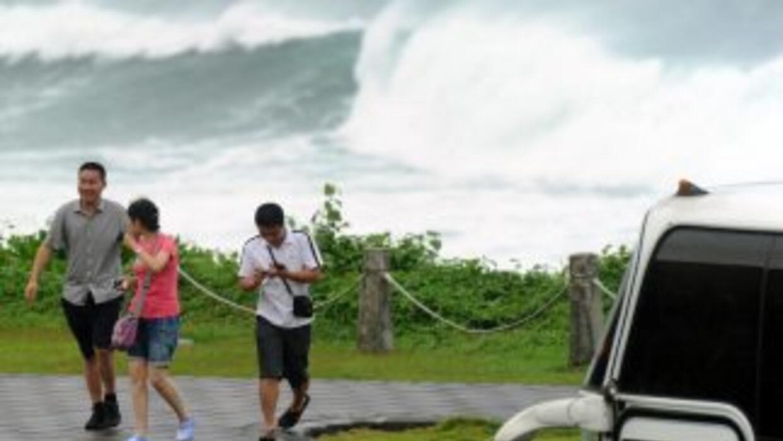 Como medida de prevención de desastres, se lleva a cabo la evacuación de...