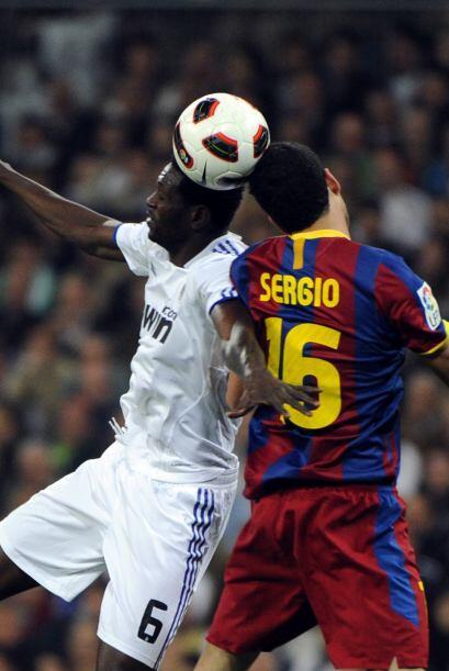Adebayor también entró en busca de más ataque.
