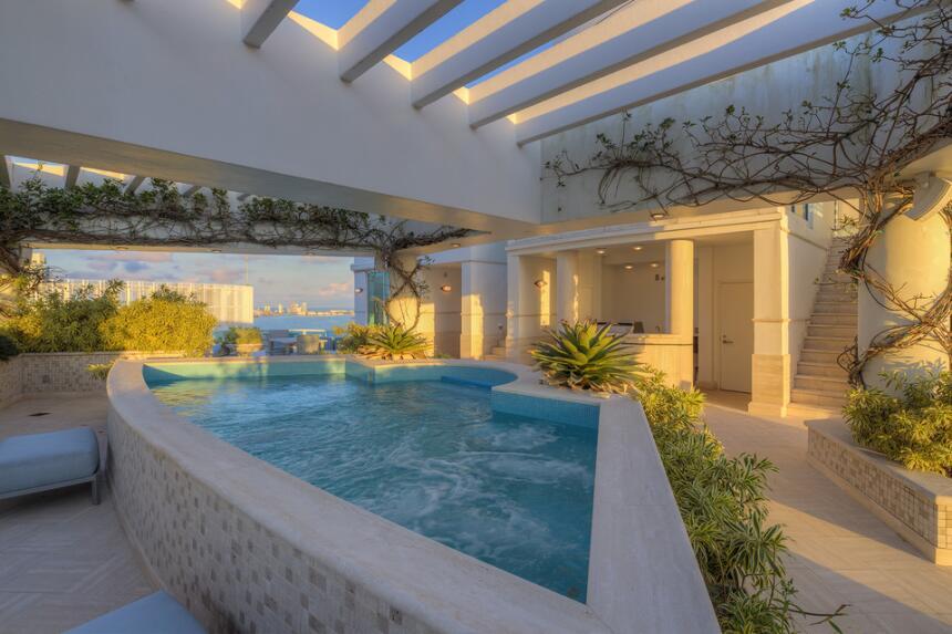 "Pharrell vende su ""penthouse"" de Miami por $9.25 millones de dólares"