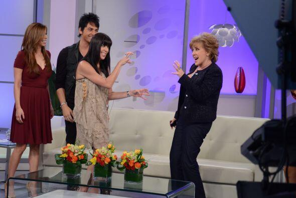 Con las garras bien afiladas llegó la actriz colombiana Isabella Santo D...