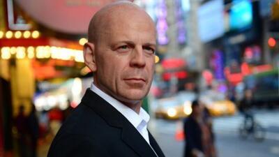 Uno de los personajes más famosos de Bruce Willis es este detective duro...