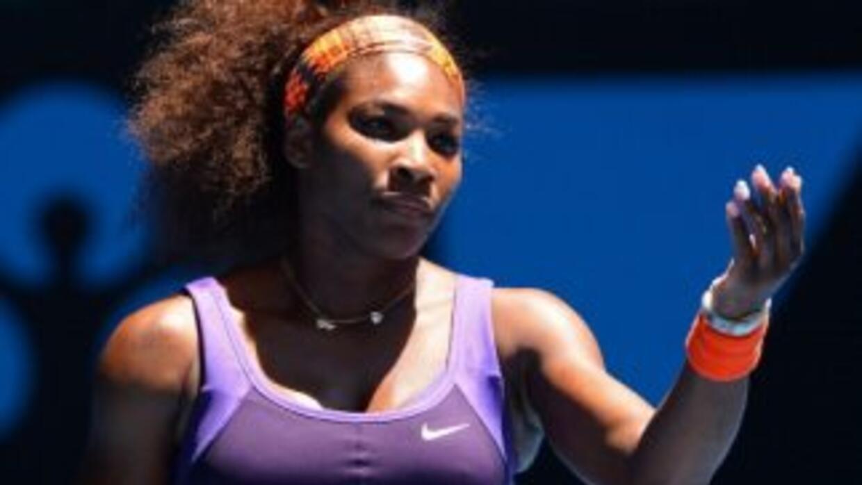 Serena Williams se colocó a dos partidos de convertirse en la primera ju...
