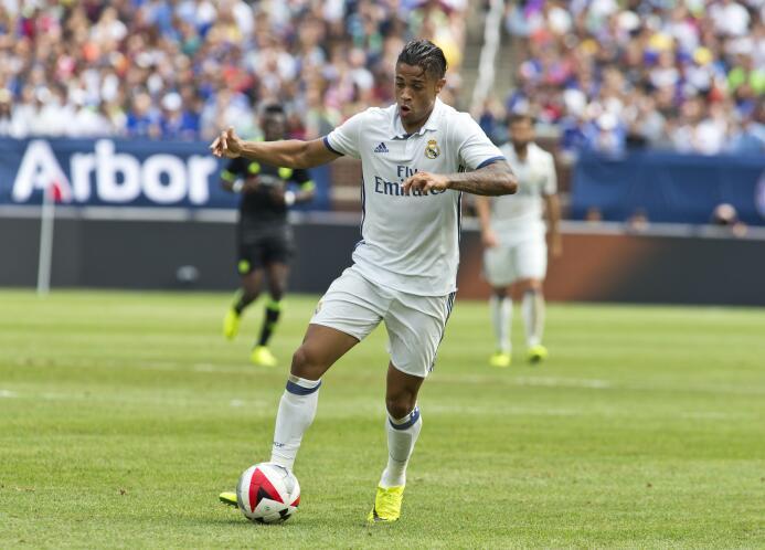 El dominicano Mariano Díaz, del Real Madrid, saldría a préstamo al Olymp...