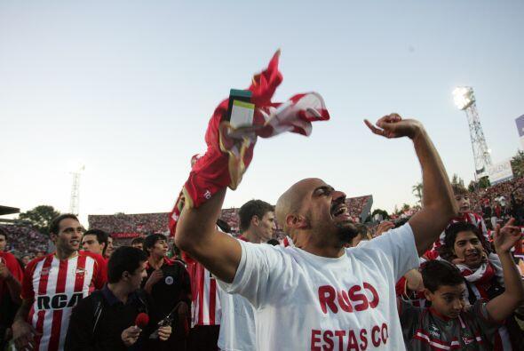 Tras diez años en el fútbol europeo y ocho títulos, 'La Brujita' regresó...