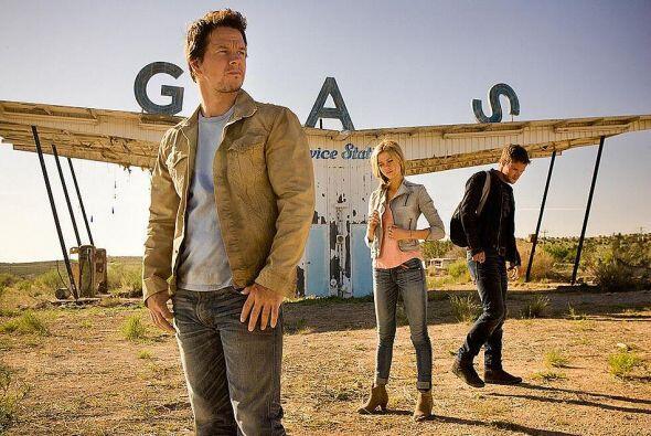 La película estelarizada por Mark Wahlberg, Nicola Peltz y Jack Reynor r...