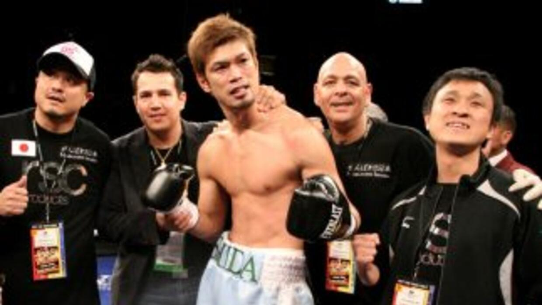 Ishida ex-campeón mundial quiere el cinturón medio de Julio César Cháve...