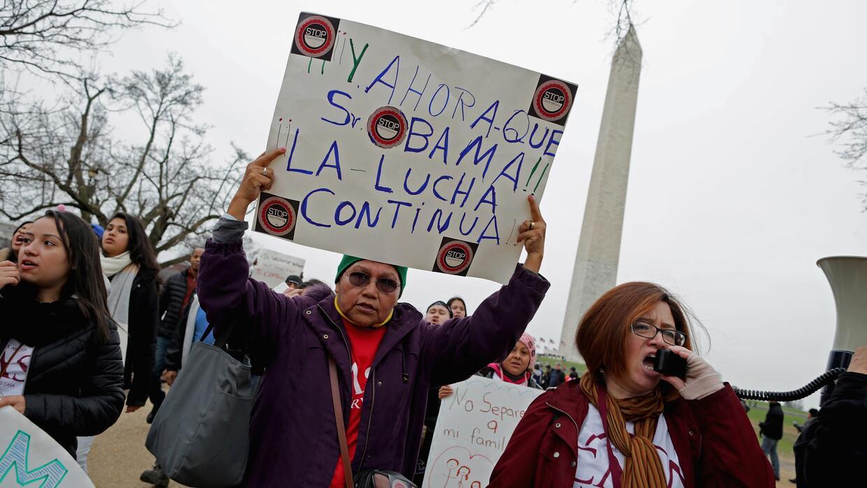 Manifestación en Washington contra las redadas