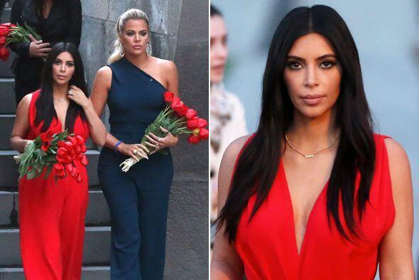 Kim y Khloé continúan con su viaje en Armenia.