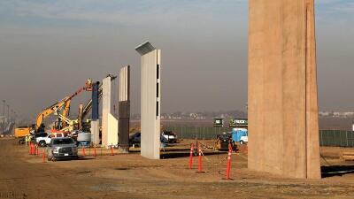 Prototipos del muro para levantar la barrera que ha prometido Trump.