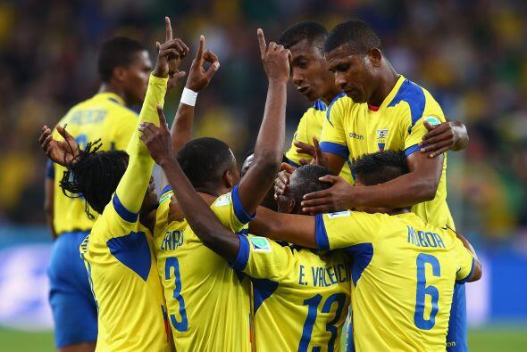 Jugadores de Ecuador y Paraguay conocen bien al Tri pues varios de los q...