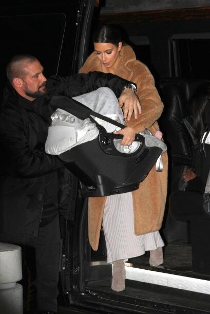 Kim Kardashian llegó al aeropuerto John F. Kennedy de Nueva York...