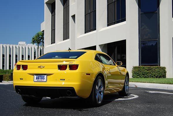 Como todos los modelos de GM, el Chevrolet Camaro viene equipado de fábr...