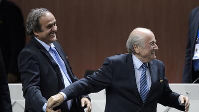 Michel Platini: ''La renuncia de Blatter es una decisión difícil, valien...