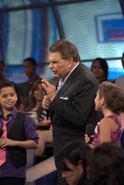 Y ya en cosas más amables, Don Francisco presentó a Braulio y Joselyn pa...