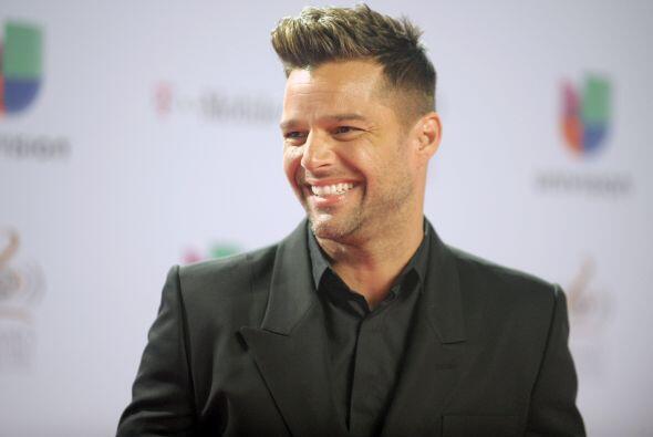 Ricky Martin, es un cantante, compositor y actor puertorriqueño. Inició...