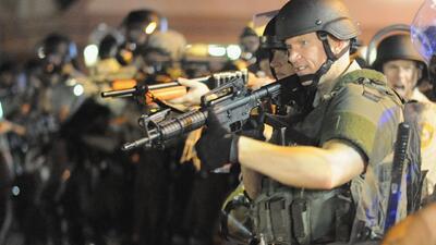 Alcalde de Ferguson confirma mayor despliegue de la Guardia Nacional y a...