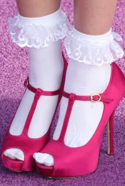 Pero hay que decirlo, sus zapatillas lucen geniales. Se podrían llevar t...