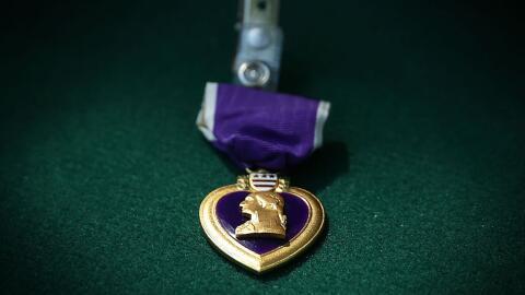 El Corazón Púrpura, con el perfil del general George Washi...