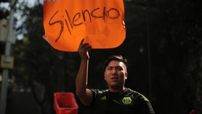 La solidaridad mexicana: ciudadanos y rescatistas trabajan juntos (fotos)