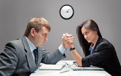 Jefes - compañeros en trabajo - oficina