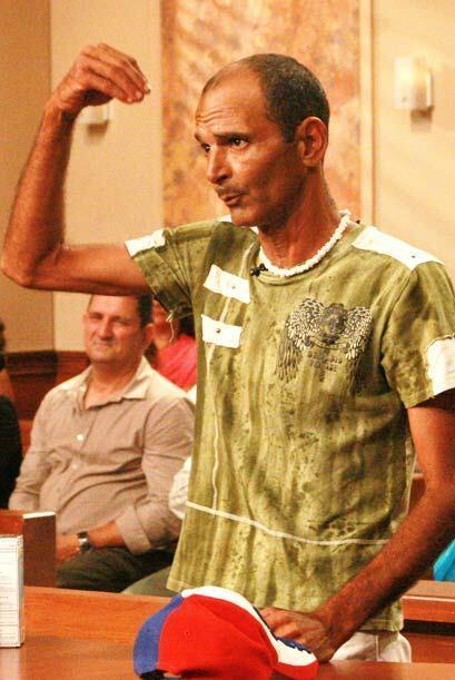 Al parecer, Aurelio quería lucir una cabellera a la John Travolta en Vas...